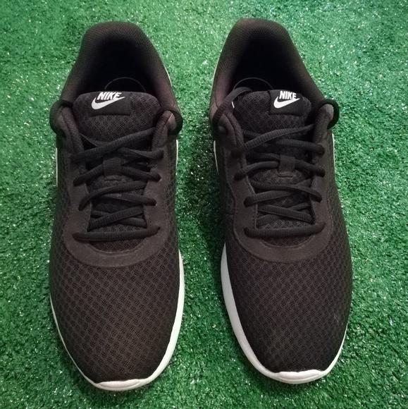 Nike Shoes Sneakers Mens Sz Us 10 Uk 9 Eur 44 Cm 28 Poshmark